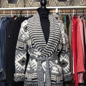 NINE WEST Full Length Sweater